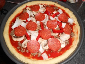 deep dish pizza 004
