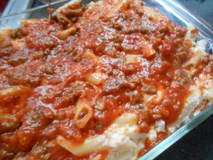 Baked beans and baked ziti 027