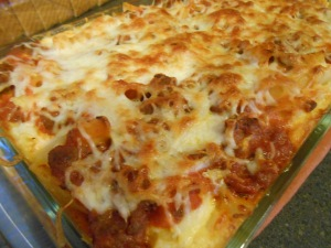 Baked beans and baked ziti 028