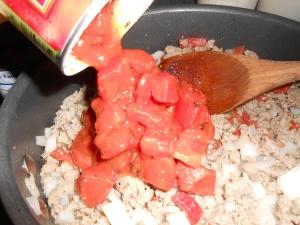 Chili mac casserole 010