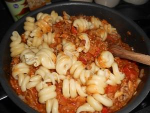 Chili mac casserole 017